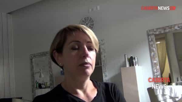 Ecco come ripartono i parrucchieri: appuntamenti telefonici, distanze e dispositivi di protezione | VIDEO