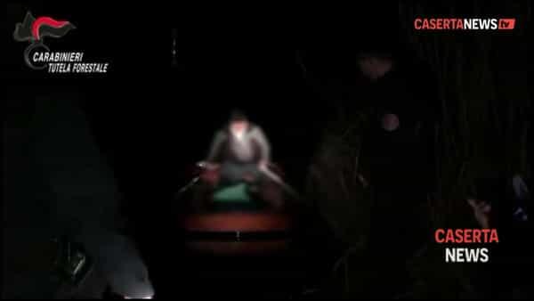 Sorpresi di notte dai carabinieri nell'Oasi: guarda il blitz dei militari | VIDEO