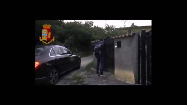 Blitz anticamorra, scacco al clan dei Casalesi | VIDEO