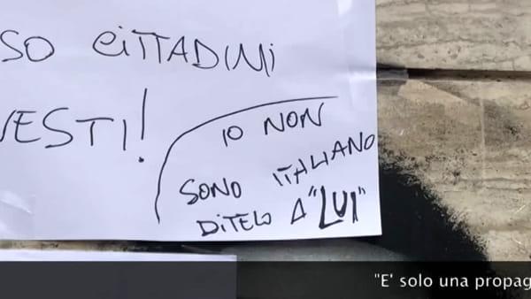 """Cannabis light, s'incatena davanti al negozio chiuso: """"Non mi sento più italiano"""" I VIDEO"""