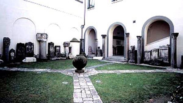 Museo Campano, arriva la prima guida per la pittura e scultura del Medioevo