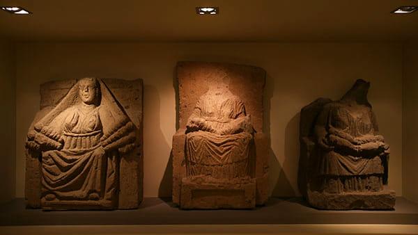 Ceramica di età orientalizzante, il libro al Museo Campano