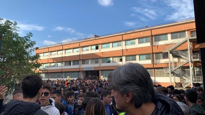 Manifestazione Studenti Caserta 1
